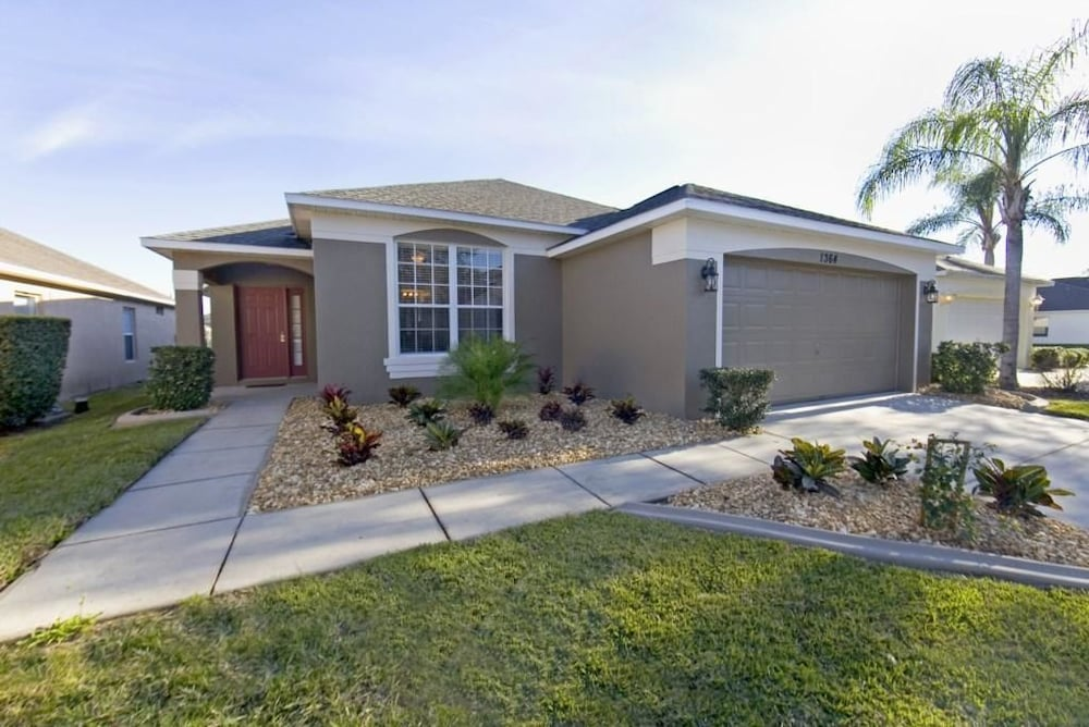 Luxury Home Close To Great Restaurants Haines City
