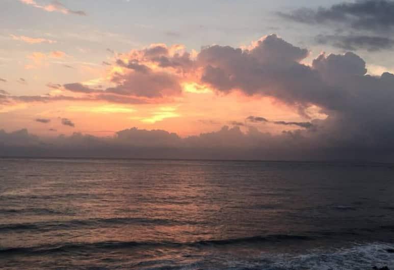 Santorini Music Family B&B, Taitung, Plaj