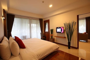Enter your dates to get the best Chonburi hotel deal