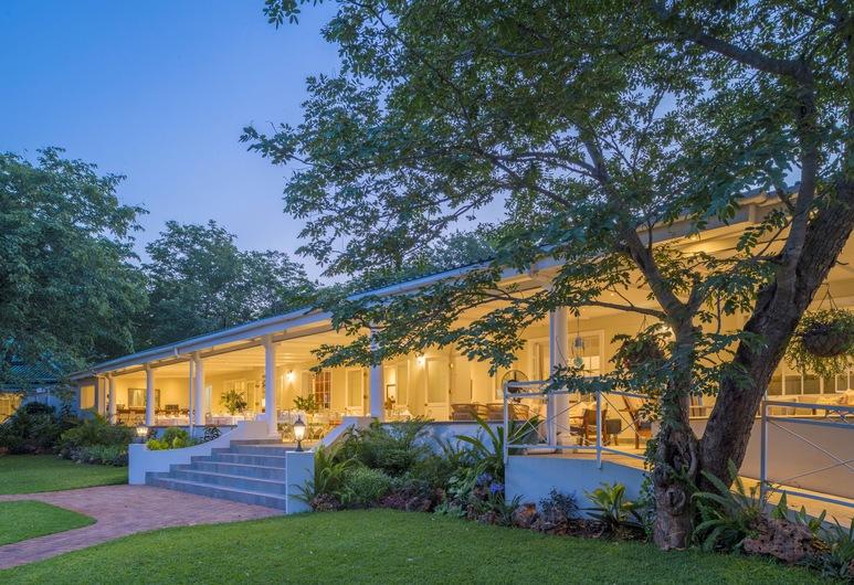 Batonka Guest Lodge, Thị trấn Victoria Falls, Vườn