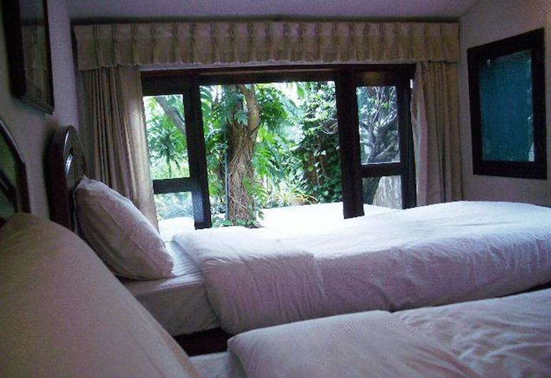 Momchailai Beach Retreat, Pattaya, Superior Garden View, Guest Room