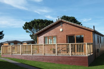 Picture of Atlantic Bays Holiday Park in Padstow