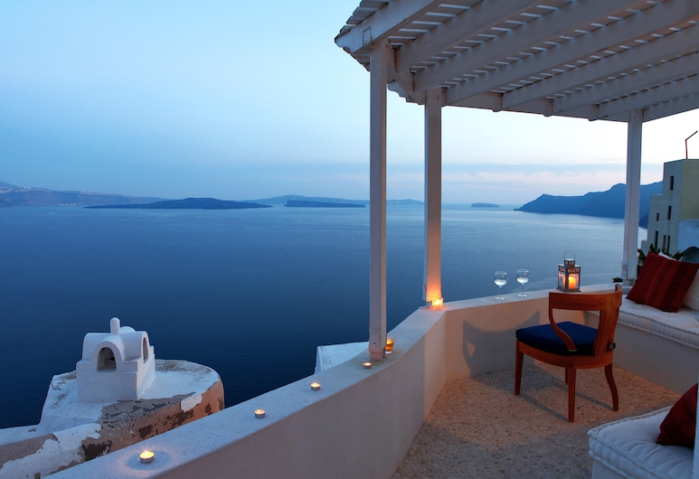 Menias Cave House, Santorini, House, 2 Bedrooms, Jetted Tub, Terrace/Patio