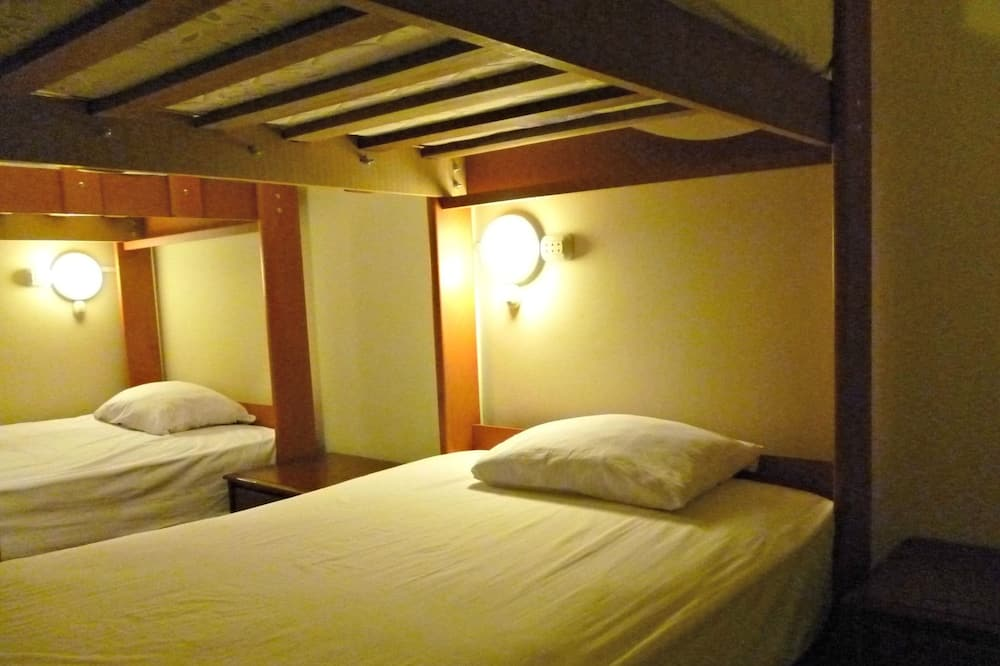 Bed in Standard Shared Dormitory, Mixed Dorm, Shared Bathroom, City View  - Guest Room