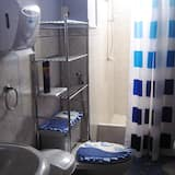 Bed in Standard Shared Dormitory, Mixed Dorm, Shared Bathroom, City View  - Bathroom