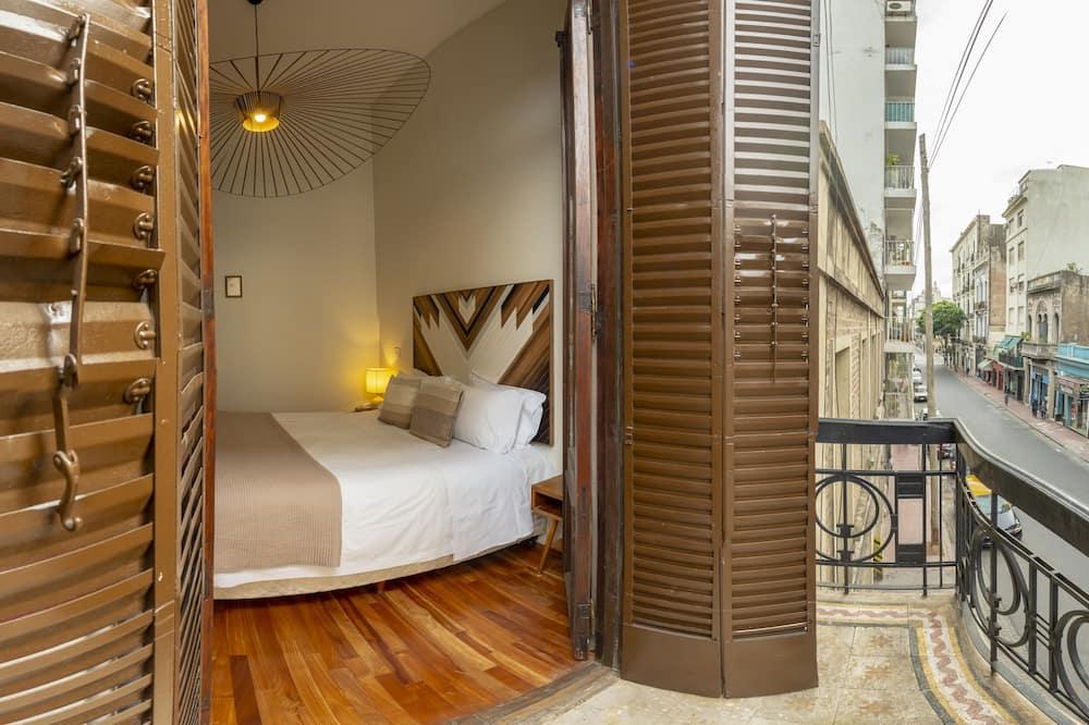 Pagerinto tipo trivietis kambarys - Vaizdas iš balkono