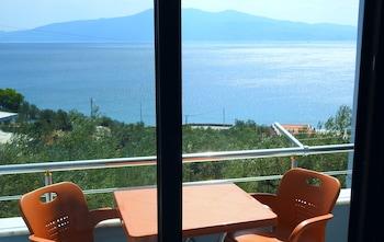 Foto del Assos Nazan Motel Restoran Beach en Ayvacik