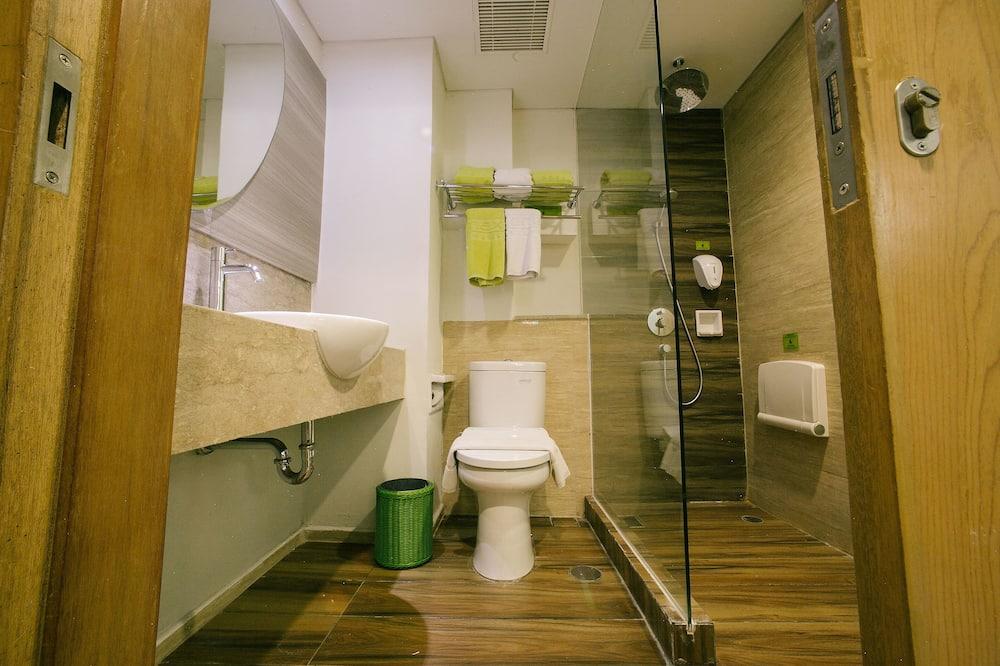 Love Room - Bathroom