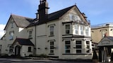 Choose This Luxury Hotel in Llangollen