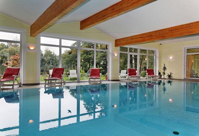 Hotel zum Hirschen in Lam, Lam, Indendørs pool