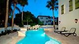 Hotel , Holmes Beach
