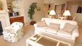 Foto di Yacht Harbor 406 by RedAwning a Isola delle Palme