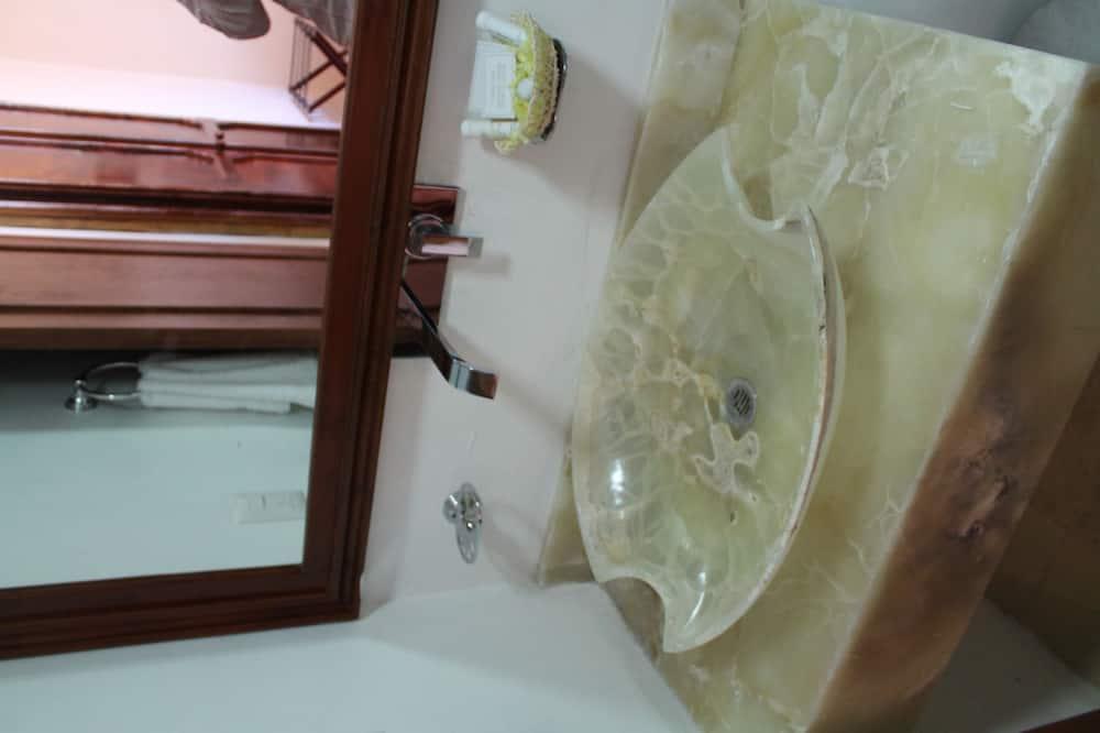 Chambre, 1 chambre - Salle de bain