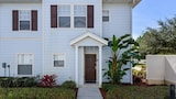 Foto di 4LVT29LH62 Vacation Rentals Near Orlando by RedAwning a Kissimmee