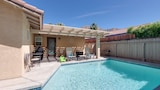 Choose This Cheap Hotel in La Quinta