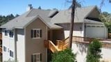 Hotels in Lake Arrowhead,Lake Arrowhead Accommodation,Online Lake Arrowhead Hotel Reservations