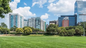 15 Closest Hotels to Massachusetts General Hospital in