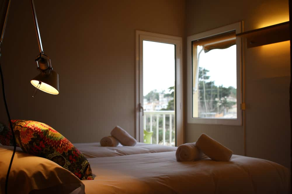Double Room, Partial Sea View - Guest Room