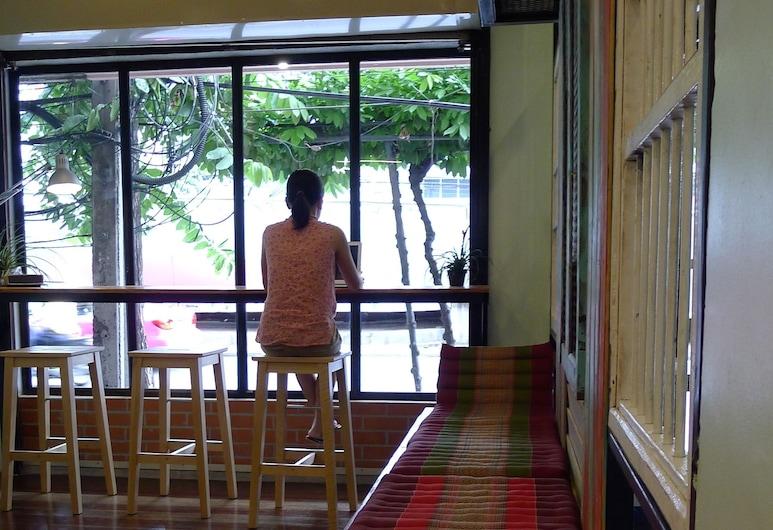 ホーム マリ ホステル, バンコク, ロビー応接スペース