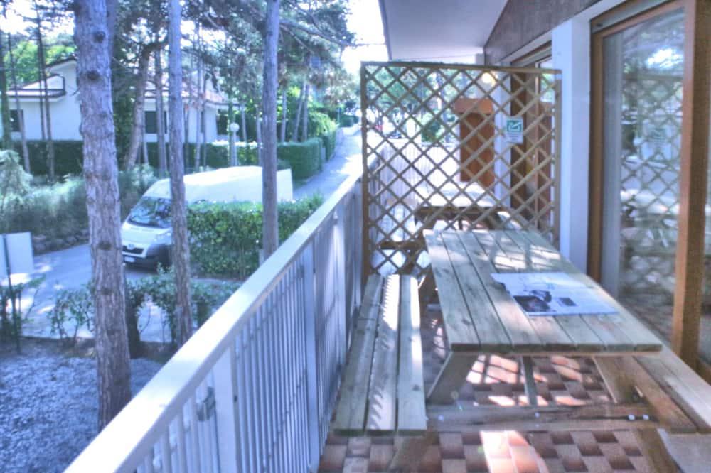 Departamento, 2 habitaciones (First Floor) - Balcón