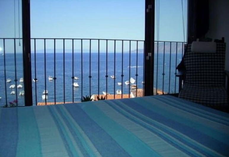 Chianalea 54, Scilla, Двомісний номер категорії «Superior», з видом на море, Номер