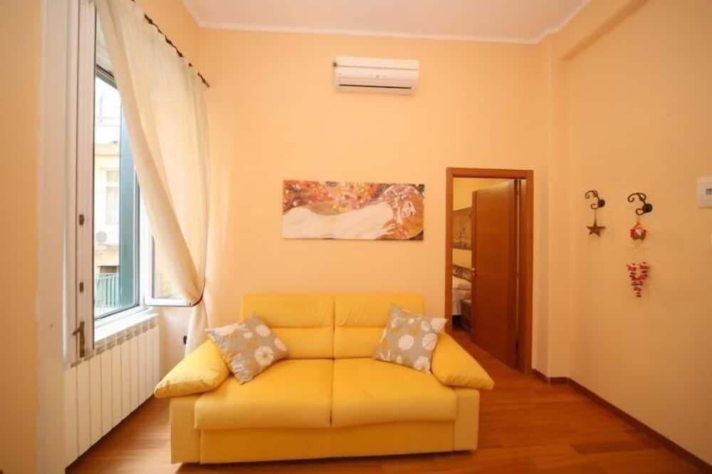Luksusa ģimenes numurs, viena guļamistaba, virtuvīte - Dzīvojamā istaba
