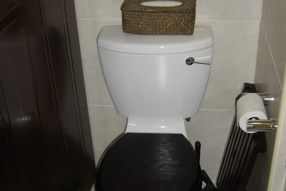 Căn hộ, Quang cảnh một góc biển - Phòng tắm
