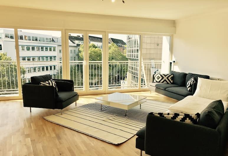 Victoria Apartments, Düsseldorf, Superior-Apartment, 1 Queen-Bett, Küche, Ausblick vom Zimmer