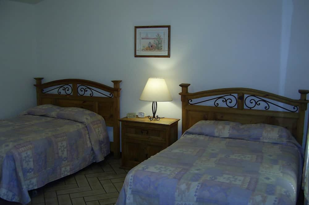 Standard Room, 2 Double Beds - Guest Room