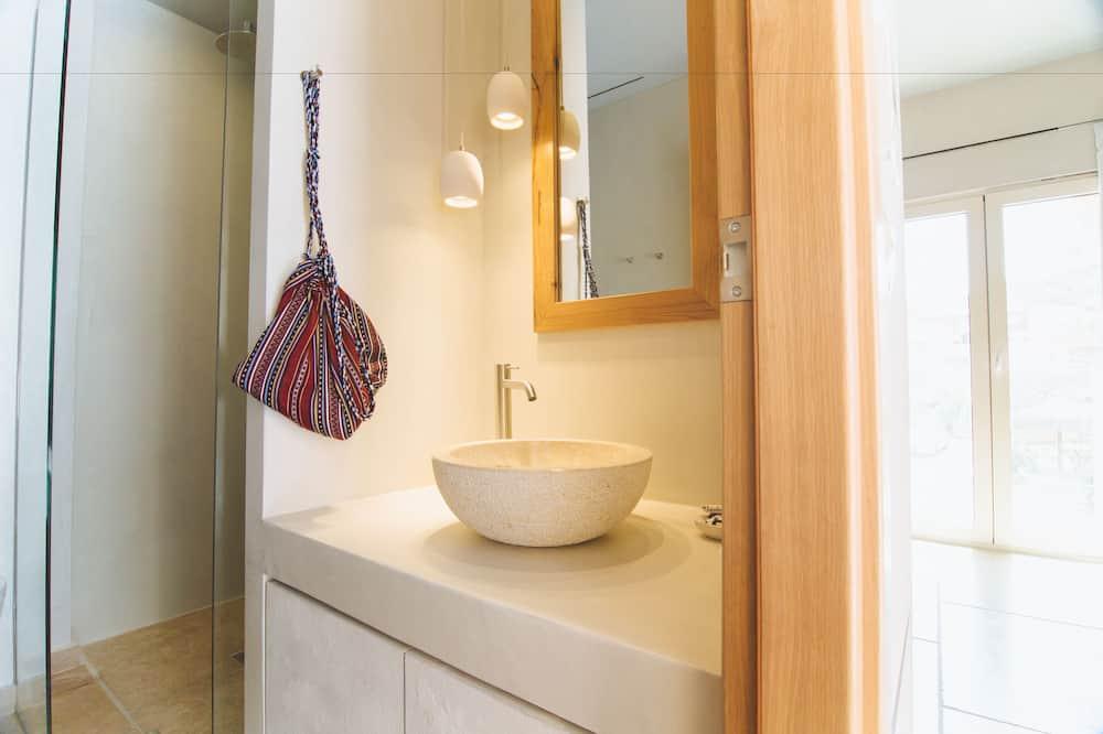 Phòng đôi Tiêu chuẩn, Quang cảnh biển, Tầng trệt (Beauty) - Phòng tắm