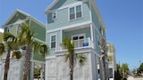 Foto di South Beach Cottages 2701 by RedAwning a Myrtle Beach