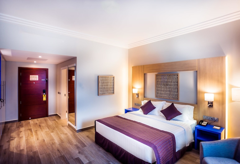 Golden Tulip Le Diplomate Cotonou, Cotonou, Superior Room, 1 Queen Bed, Guest Room