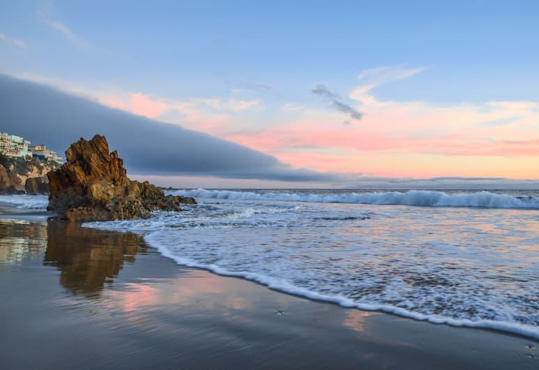 E Balboa B 68300 by RedAwning, Newport Beach, Dubleks, 3 Yatak Odası, Plaj