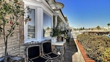 Foto di Designer 5BR on the Grand Canal by RedAwning a Newport Beach