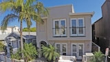 Foto di 514 36th St B 68415 by RedAwning a Newport Beach