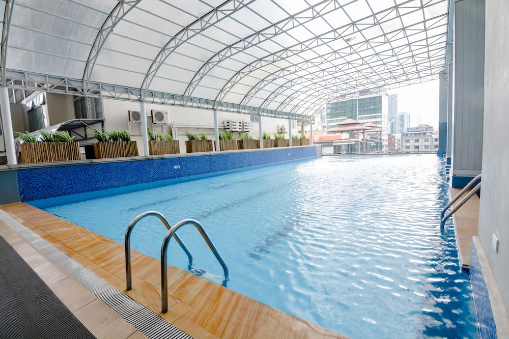 室內/室外泳池