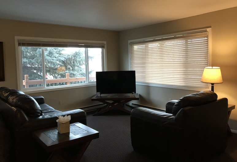Lakeshore Inn & Suites, Anchorage, Sviit, 2 magamistoaga, köögiga, Lõõgastumisala