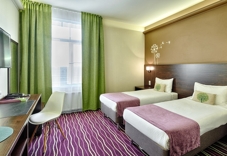 Voyage Business Hotel, St. Petersburg, Superior Double or Twin Room, Guest Room