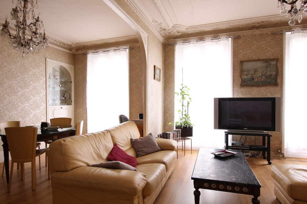 Designer Stay - Oberkampf, Paris: Info, Photos, Reviews | Book at ...