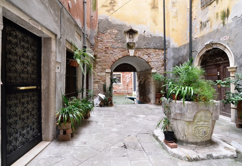 San Canzian Apartment, Venice, Courtyard
