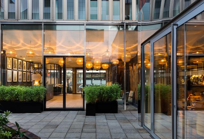Hotel l'Arbre Voyageur, BW Premier Collection, Lille, Terraza o patio