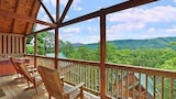 Choose This Luxury Hotel in Pigeon Forge