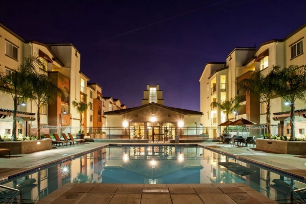 Global Luxury Suites In Sunnyvale, Sunnyvale