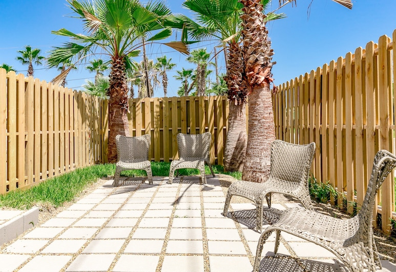 Above and Beyond in Port Aransas by RedAwning, Port Aransas, House, 4 Bedrooms, Terrace/Patio