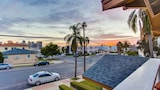 Foto di City and Bay Views in Banker Hill by RedAwning a San Diego