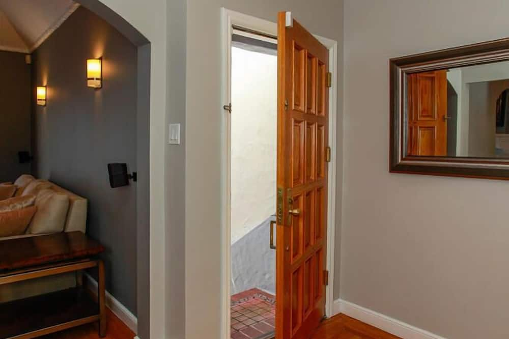單棟房屋, 2 間臥室 - 客廳
