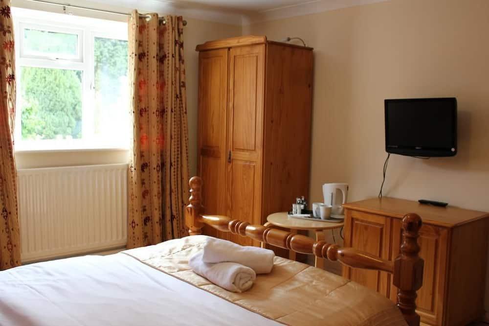Double Room, 1 Double Bed, Non Smoking - Bathroom Amenities