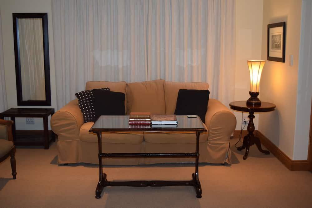 Deluxe Room, 1 Bedroom (Cecil John Rhodes) - Living Area