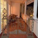 Deluxe Room, 1 Bedroom (Mahatma Ghandi) - Balcony
