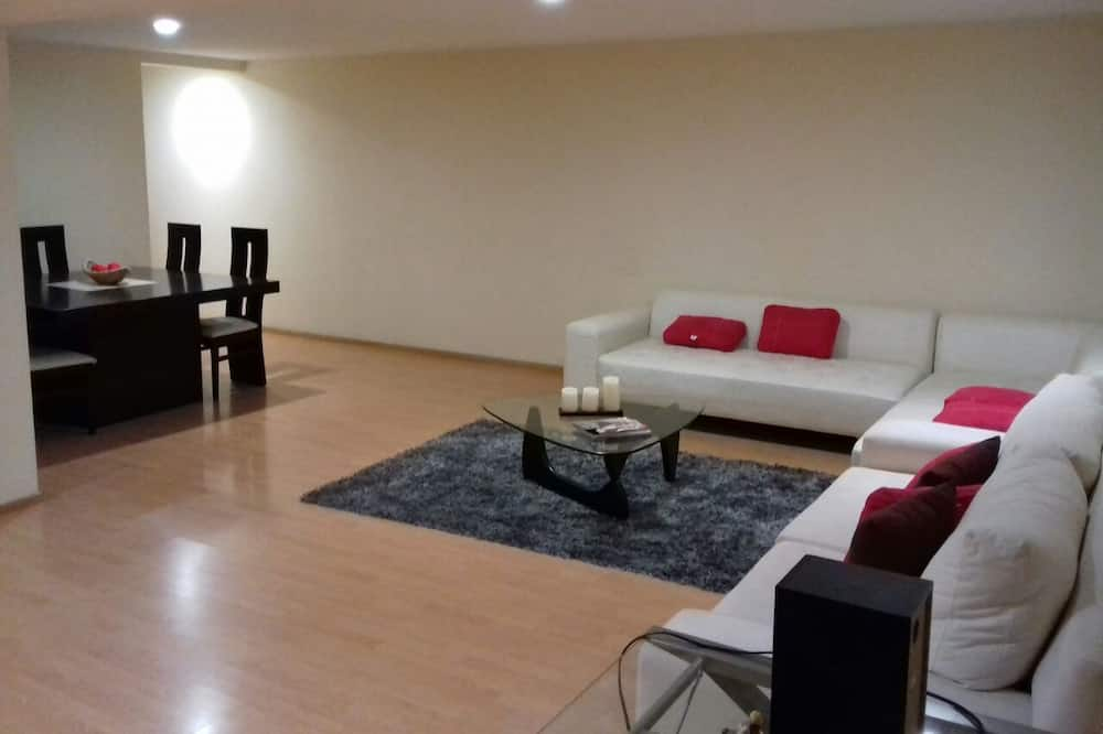 City Condo, 3 Bedrooms, Kitchen - Living Area